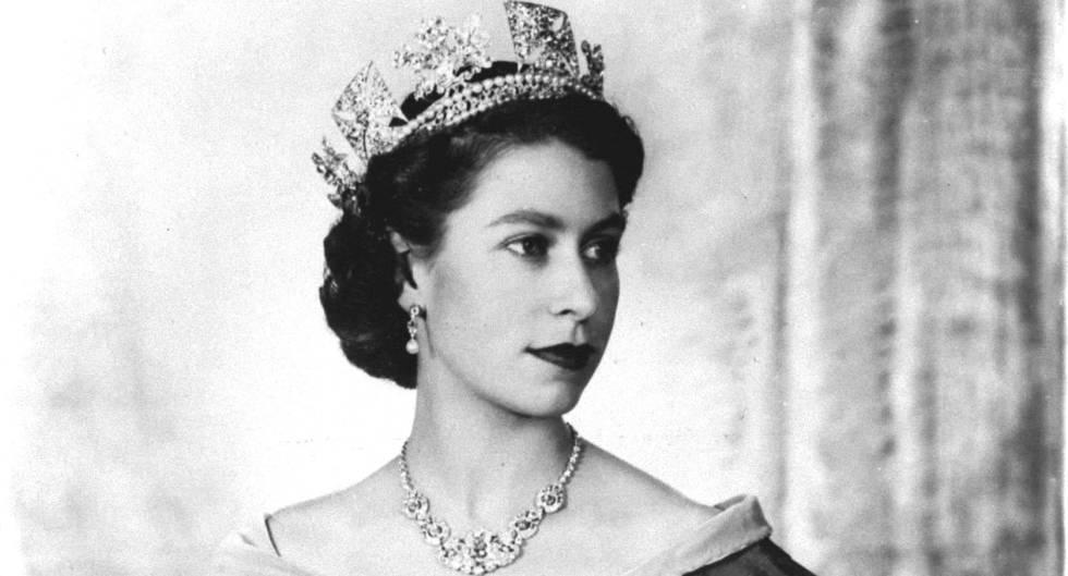 reina isabel II de joven