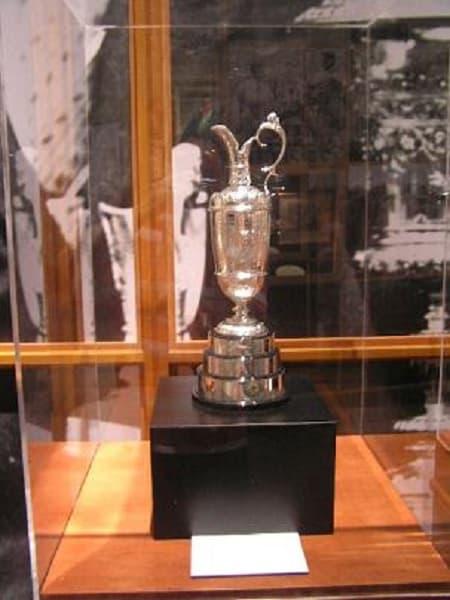 Trofeos deportivos más antiguos del mundo: claret jug