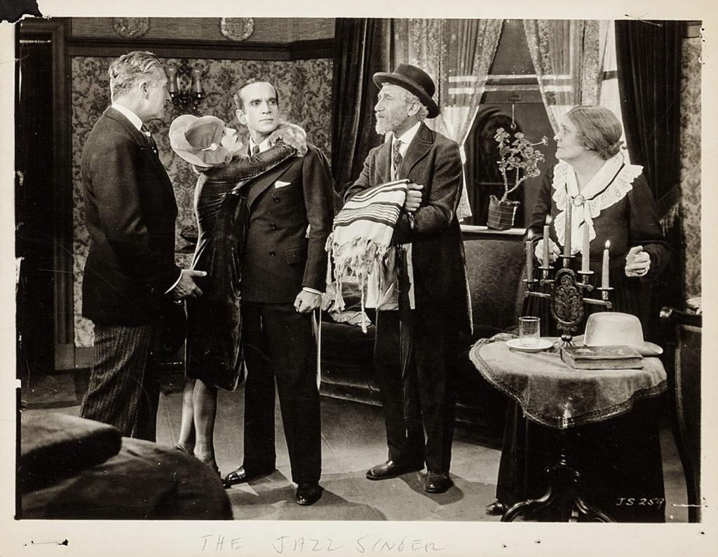 escena de la primera película de la historia the jazz singer