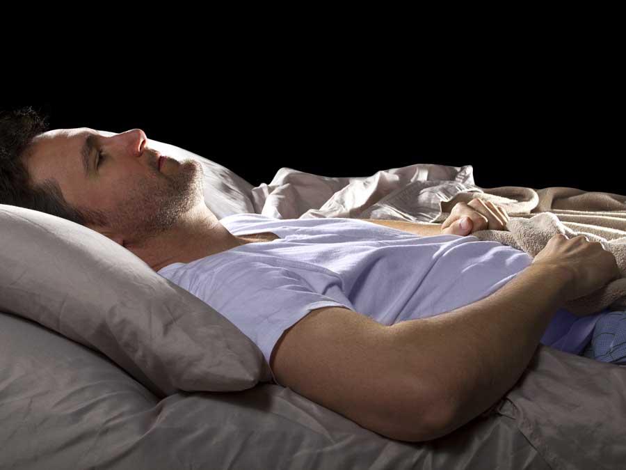 Sentirse somnoliento con frecuencia puede ser un signo de Alzheimer