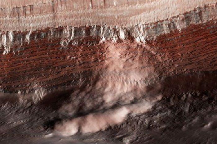 Una avalancha en Marte