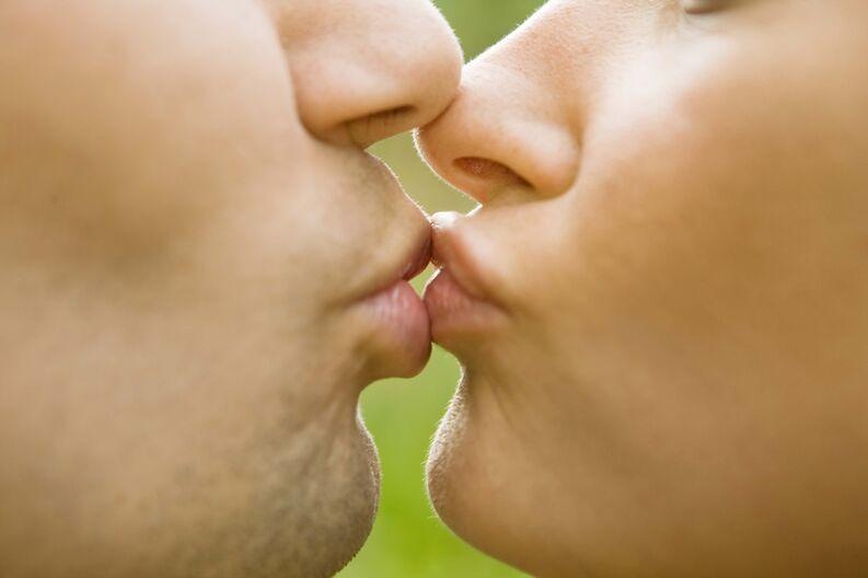 12 hechos hermosos sobre el encantador acto de besarse